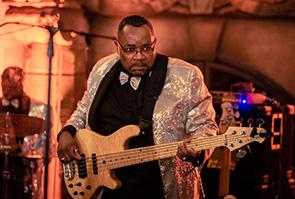 Chris Robinson - Bass Guitar